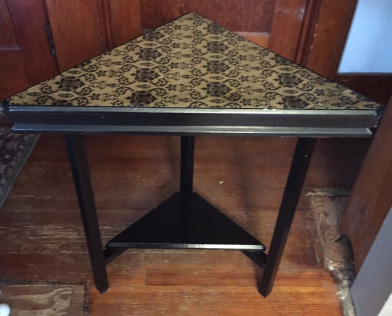 corner-table-done