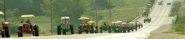 cropped-tractor-ride-iowa-940-198x